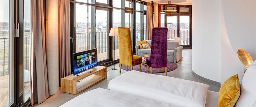 head-penthouse-suite-950x400.jpg